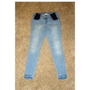 Old Navy Maternity Rockstar Skinny Jeans